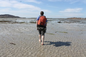 Walking to Oronsay