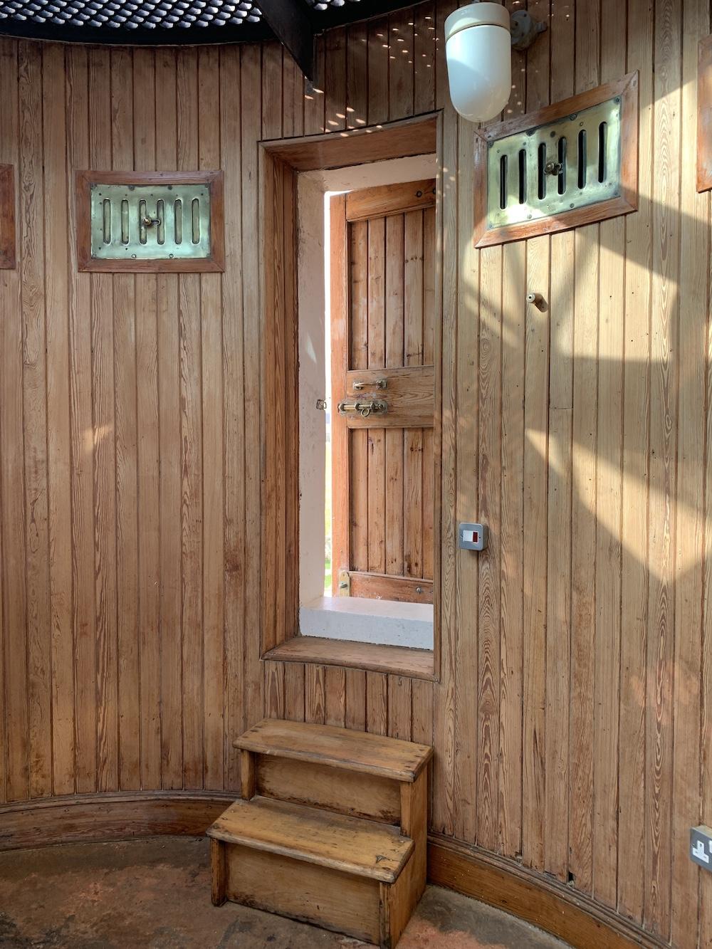Tod Head door