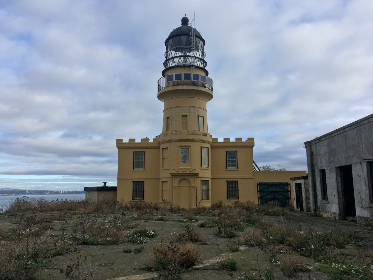 Inchkeith lighthouse2