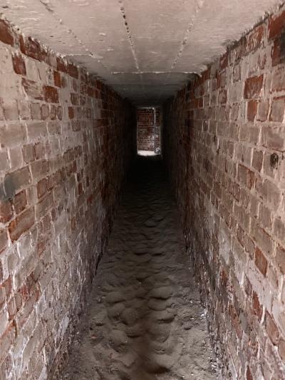 Spurn tunnels